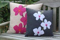 UN TOQUE DE MERCY: FIELTRO/ALMOHADAS Y COJINES Cushion Embroidery, Applique Cushions, Crochet Cushions, Embroidered Cushions, Cushions To Make, Diy Pillows, Decorative Pillows, Throw Pillows, Cushion Tutorial