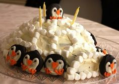 I love penguins and think this would be easy and fun to make for any kind of party or gathering.