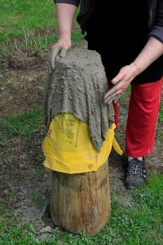 Best 11 Turn an old towel into a stunning concrete planter! It might seem like an expert's job but this planter is SkillOfKing Com is part of Concrete garden -