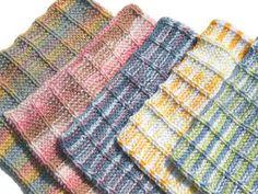 Handmade Washcloth/Dishcloth #free #knit #knitting #pattern #bath #bathroom #freeknittingpattern