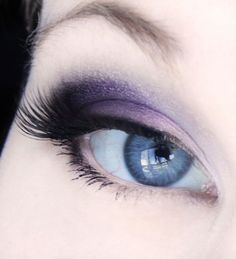 Nice black and purple look. This could be an every day look for me XD