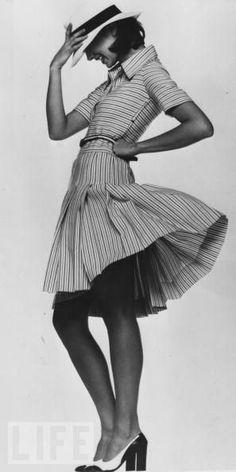 feminine striped dress Dior