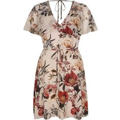 River Island Cream floral print cape tea dress (265 BRL) ❤ liked on Polyvore featuring dresses, cream, swing dresses, women, trapeze dress, floral dresses, v neck short sleeve dress and v neck dress