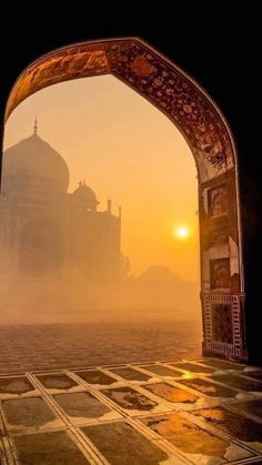 This is the Taj Mahal at sunrise. The Taj Mahal is an ivory-white mausoleum on the south bank of the Yamuna river. Taj Mahal, Places To Travel, Places To See, Travel Destinations, Travel Tips, Holiday Destinations, Travel Ideas, Travel Goals, Travel Packing