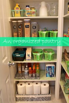 An organized pantry before and after. How to organize a pantry. Smart and budget friendly pantry organization tips.