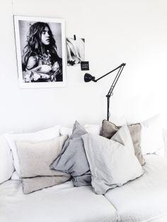 Home | ByCazandra