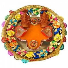 Learn to make this decorative thamboolam arathi plate for Aarti thali decoration with clay