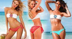 Dámské letní plavky zdobené zářivými kamínky. Společně s nařasenými kalhotkami vytvoří neodolatelný plážový outfit.