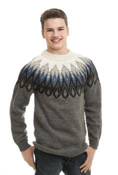 Genser - Viking of Norway Mens Fashion Sweaters, Casual Sweaters, Sweater Fashion, Sweater Outfits, Men Sweater, Stylish Men, Men Casual, Knit World, Cheap Mens Fashion