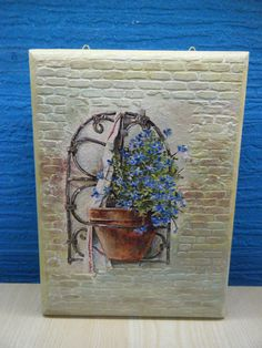 Χειροποίητη κλειδοθήκη «Γλάστρα στο τοίχο» με ανάγλυφα σχέδια !!!