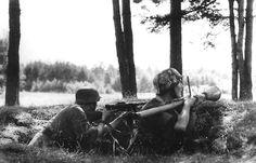Finnish soldiers during Battle of Tali-Ihantala - 1944.