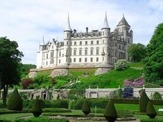 Dunrobin Castle and Gardens, Golspie: See 909 reviews, articles, and 766 photos of Dunrobin Castle and Gardens, ranked No.1 on TripAdvisor among 8 attractions in Golspie.