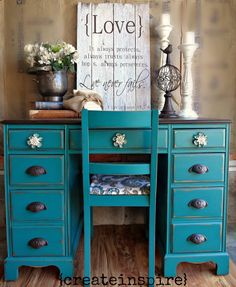 All over the blog world there are beautiful pictures of decorated mantels and trees, fun and inexpensive crafts, tongue tingling recipes, a...