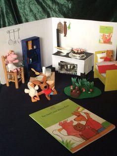 Attributen voor het naspelen van het boek: Taart voor kleine beer! Gift Wrapping, Gifts, Carnival, Gift Wrapping Paper, Presents, Wrapping Gifts, Favors, Gift Packaging, Gift