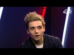 Elyar Fox Chats To Max Backstage At The Jingle Bell Ball 2013