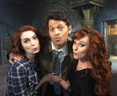 Felicia Day, Misha Collins & Ruth Connell :)