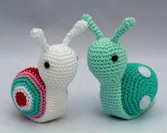 Recipe for Crochet Snail – Craft ideas Crochet Snail, Cute Crochet, Crochet Animals, Crochet Crafts, Yarn Crafts, Crochet Projects, Easy Crochet Patterns, Crochet Patterns Amigurumi, Crochet Designs