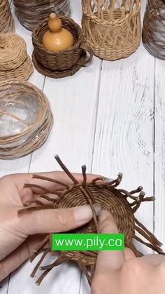 Diy Crafts Hacks, Diy Crafts For Gifts, Diy Home Crafts, Diy Craft Projects, Creative Crafts, Basket Weaving Patterns, Jute Crafts, Miniature Crafts, Paper Flowers Diy
