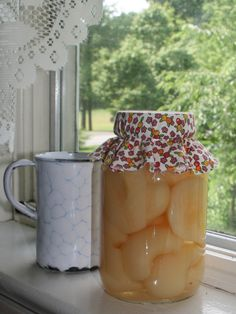 Country Living ~ Auntie Em's Pears