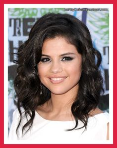Long Wavy Haircuts and Hair Styles for Round Faces picture and slideshow
