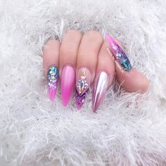 "1,335 Likes, 2 Comments - ✨Annabel Maginnis✨ (@nails_by_annabel_m) on Instagram: ""Tbt"""