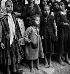Magnum Photos has visually documented most of the world's major events and personalities since the covering society, politics, events and conflict Greece Photography, Dark Photography, Black And White Photography, Greece Pictures, Old Pictures, Old Time Photos, Greek History, Henri Cartier Bresson, Magnum Photos