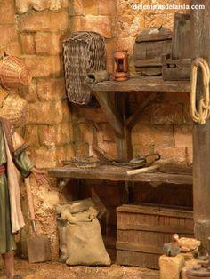 belenistas de la Isla. Fotos Diy Nativity, Christmas Nativity Scene, Beaded Christmas Ornaments, Fairy Garden Accessories, Miniature Crafts, Miniture Things, Tallit, Religious Art, Model Homes