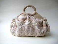 """Купить """"FashionKotomka"""" - шерсть, шифон, бисер, кристаллы сваровски (swarovski), жемчуг, кожа натуральная, кожа"""