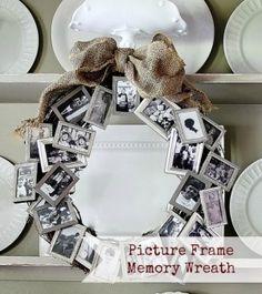 Maak van een krans en oude fotolijstjes een blikvanger