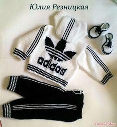 "Спортивный костюм ""Адидас"". Связан на заказ для мальчика 6-12 месяцев. Детский акрил Беби Ярнарт: черный - 2 мотка, белый - 3 мотка. Спицы №3, крючок № 3 ( кр. чком связаны манжеты). Crochet For Boys, Crochet Bebe, Crochet Gifts, Knitted Baby Cardigan, Baby Booties, Baby Knitting Patterns, Baby Patterns, Crochet Converse, Minion Baby"