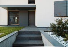 Garage Doors, Italy, Studio, Outdoor Decor, Home Decor, Houses, Italia, Decoration Home, Room Decor