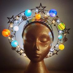 Planet Angel Halo - centre of the universe solar system headdress with lights Halloween Inspo, Halloween Makeup, Halloween Costumes, Costume Makeup, Cosplay Costumes, Angel Halo, Skulls And Roses, Renaissance, Christmas Angels