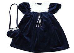 Samtkleid in Größe 104-110 mit Samttasche