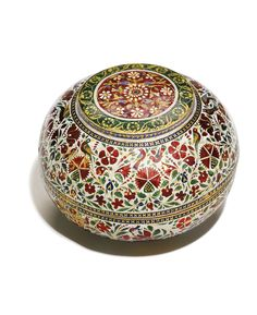 A FINE ENAMELLED GOLD COVERED BOWL, JAIPUR, 19TH CENTURY comprising two deep bowls, one of which fits onto the other, the gold surface covered with a polychrome enamelled design with birds amidst flowers