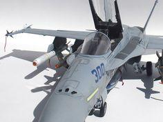 F/A-18C Hornet by Esteban Murador (Academy 1/32)