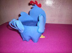 lembrancinha galinha pintadinha em eva passo a passo, aprenda fazer potinho de garrafa pet e eva para lembrancinha de festa de aniversario infantil.