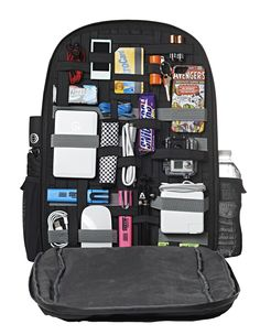 The Best Laptop Advice You Will Read. There are a lot of reasons that people chose to use laptop computers. Laptops can be used for school, work, or just for having fun in your spare time. My Bags, Purses And Bags, Laptop Storage, Backpack Storage, Gadgets, Laptops For Sale, Cute School Supplies, School Supplies Highschool, What In My Bag