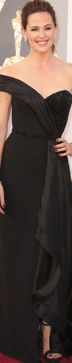 Jennifer Garner 2016  women fashion outfit clothing style apparel @roressclothes closet ideas