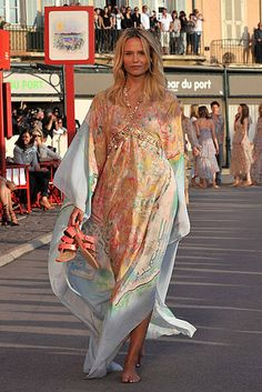 beautiful chanel caftan!