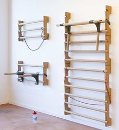 work out in style with atelier oraviva's solid oak wall bar work out in style with atelier oraviva's solid oak wall bar Home Gym Decor Home Gym Garage, Diy Home Gym, Home Gym Decor, Gym Room At Home, Basement Gym, Workout Room Decor, Workout Room Home, Workout Rooms, Espalier
