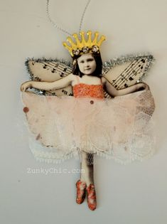 Wishing You a Fairy Christmas Christmas Fairy, Handmade Christmas, Vintage Christmas, Christmas Time, Handmade Ornaments, Diy And Crafts, Crafts For Kids, Arts And Crafts, Paper Crafts