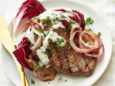 This Flank Steak with Blue Cheese Sauce Recipe Ellie Krieger Food Network is a good for your dessert made with wholesome ingred. Flank Steak Salad, Beef Flank Steak, Marinated Flank Steak, Marinated Chicken, Baked Chicken, Steak With Blue Cheese, Blue Cheese Sauce, Steak Recipes, Sauce Recipes