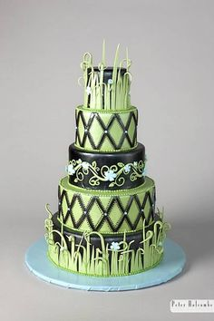 Love this cake, but not the colors for a wedding.