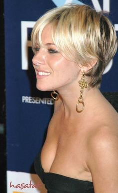short-hairstyles-for-women-with-fine-hair_1.jpg 568×931 pixels