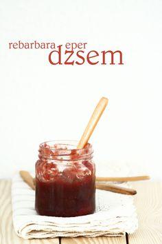 Rhubarb-strawberry jam with vanilla Rhubarb Recipes, Strawberry Jam, Croissant, Vanilla, Pudding, Desserts, Food, Jelly, Kitchens