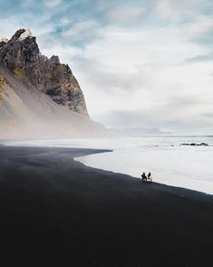 042 Natural whites, coastal landscapes, light blue hues low on saturation. Destinations, Le Shop, Luxury Homes Dream Houses, Fotos Do Instagram, Beautiful Places To Travel, Luxury Lifestyle, Iceland, Images, Places To Visit