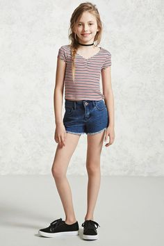 Forever 21 Girls A ribbed knit tee featuring an allover striped print a ruched chest detail a V-neck and cap sleeves Forever 21 Girls A ribbed knit t… – Preteen Preteen Girls Fashion, Kids Outfits Girls, Cute Girl Outfits, Tween Girls, Boy Fashion, Cute Girls, Fashion Outfits, Fashion Clothes, Fashion 101