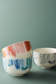 New Dinnerware Sets & Kitchen Essentials Ceramic Cafe, Ceramic Bowls, Stoneware, Pottery Bowls, Ceramic Pottery, Pottery Art, Pottery Painting Designs, Pottery Designs, Cerámica Ideas