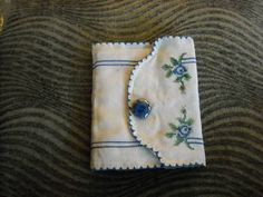 needle book swap gallery - ORGANIZED CRAFT SWAPS. Made from vintage linens.  So pretty.