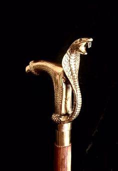 Cobra snake cane. Handle designed as a tree - Bronze (gilt) - Catawiki Cane Handles, Cobra Snake, Walking Sticks And Canes, Late 20th Century, Bronze, Design